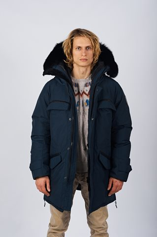 Men's Down Winter Jackets Perfect for Winter in Canada dsc 8872